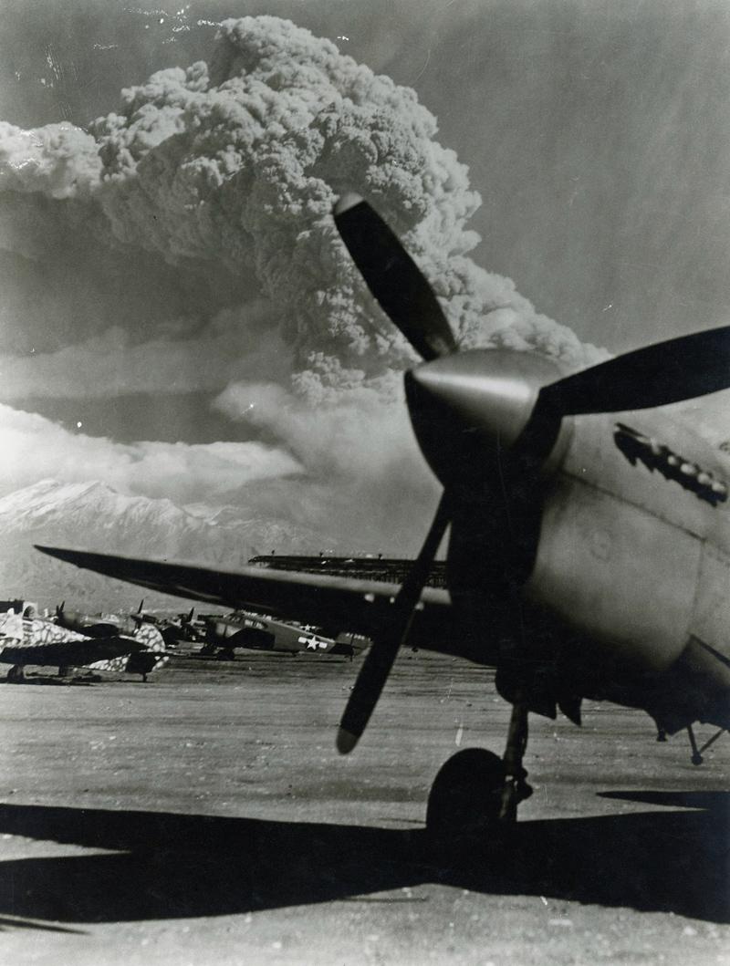 Mount Vesuvius eruption 1944 (enhanced)