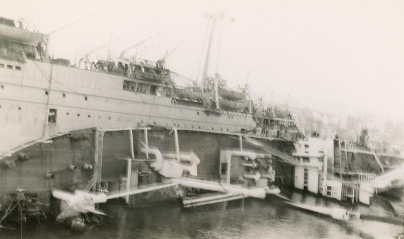 NaplesSunkShip
