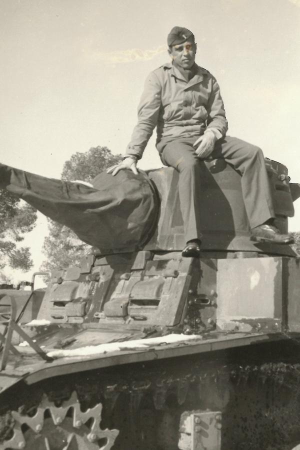 Rubin-14-Eisenberg-Stuart-light-tank